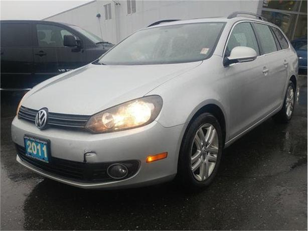 2011 Volkswagen Golf Wagon TDI Highline at Tip