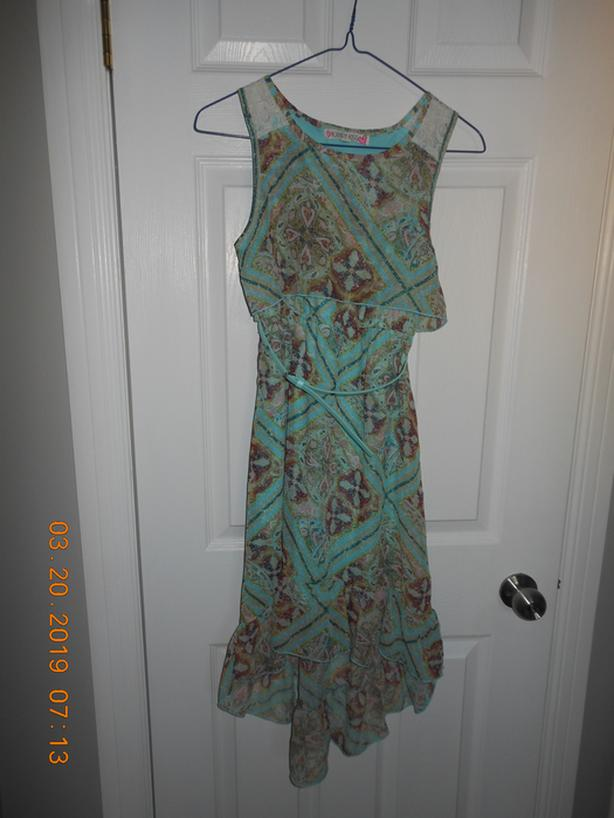 Girl's dress size 10-12 worn once