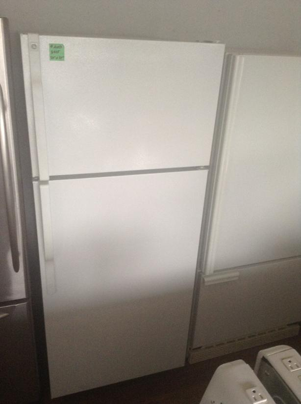GE Top Freezer (#4073)