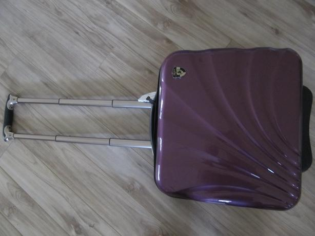 Heys Briefcase Carryon style