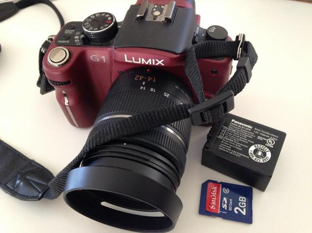 Lumix G1 Micro 4/3 12.1Mp Camera with all accessories