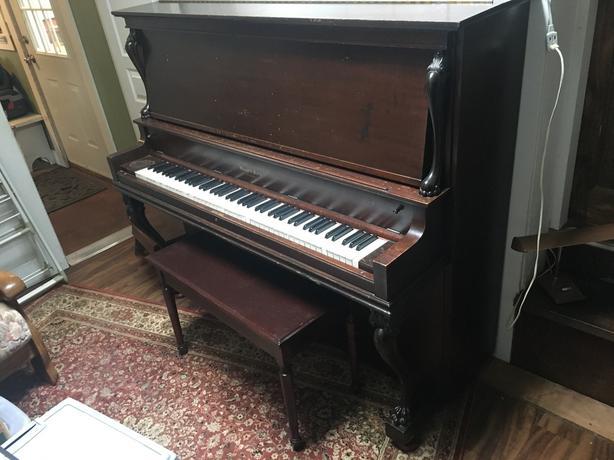 FREE: Mason & Risch piano
