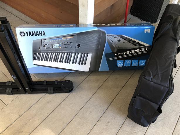 Brand New Yamaha Digital Keyboard Stand & Bag