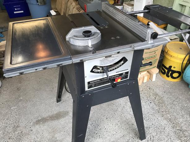 Craftsman Table Saw w. cast iron top