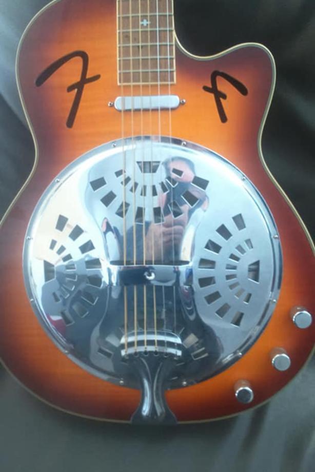 delta blues slide guitar Esquimalt & View Royal, Victoria