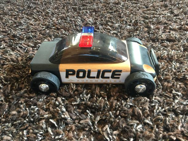 Automoblox Wooden Police Car. Take Apart Toy