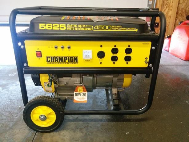 New Champion gas generator. 5625 starting watts 4500 continuous