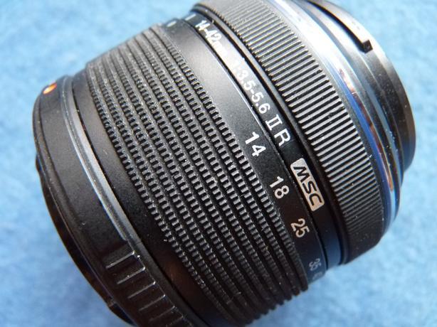 Olympus digital 14-42mm 3.5-5.6 camera lens