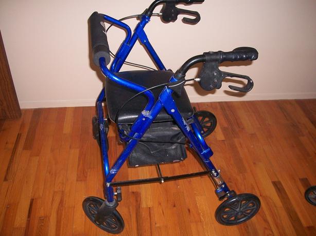 4 Wheel Medical Walker, perfect shape