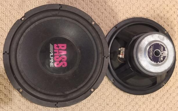 Alpine 10'' BASS 300W Subs 4Ohms
