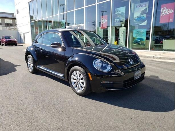2014 Volkswagen Beetle 2.0 TDI Diesel Comfortline Local B.C.