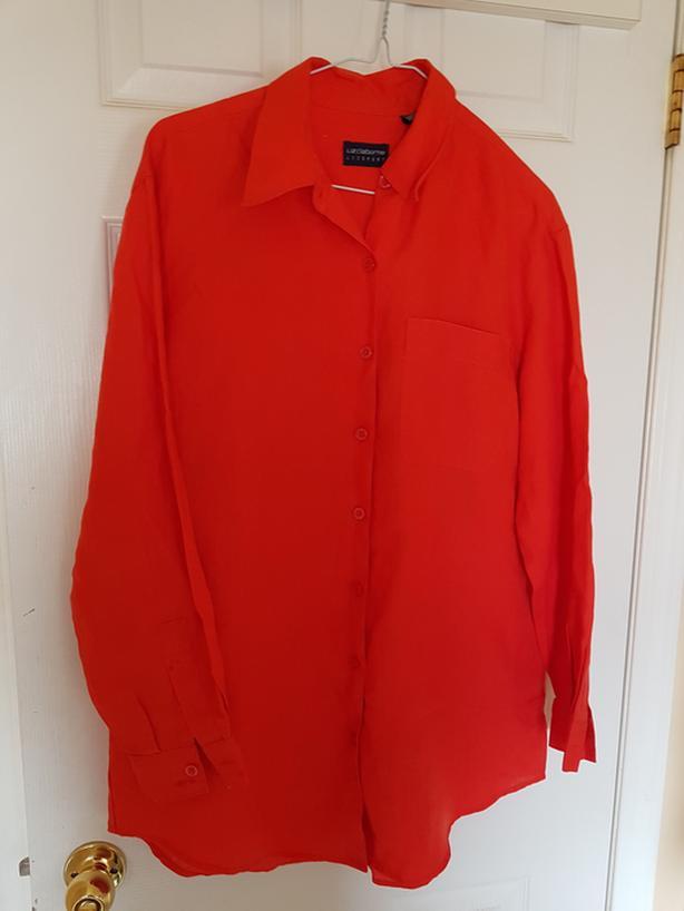 Women's Liz Claiborne Orange Shirt (Size Medium)