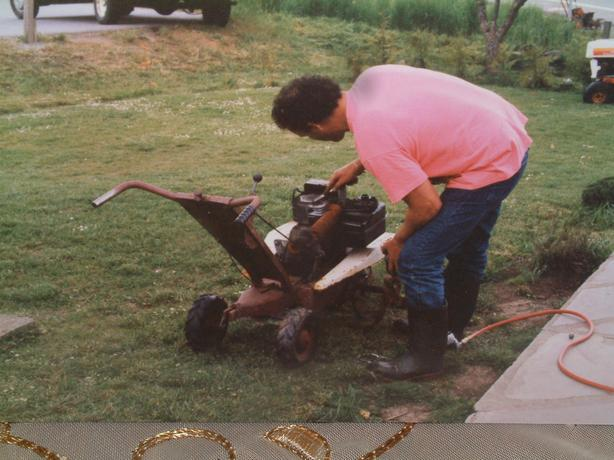 lawn mowers repairs riding mowers blowers  weed eaters &&&&  any small motors