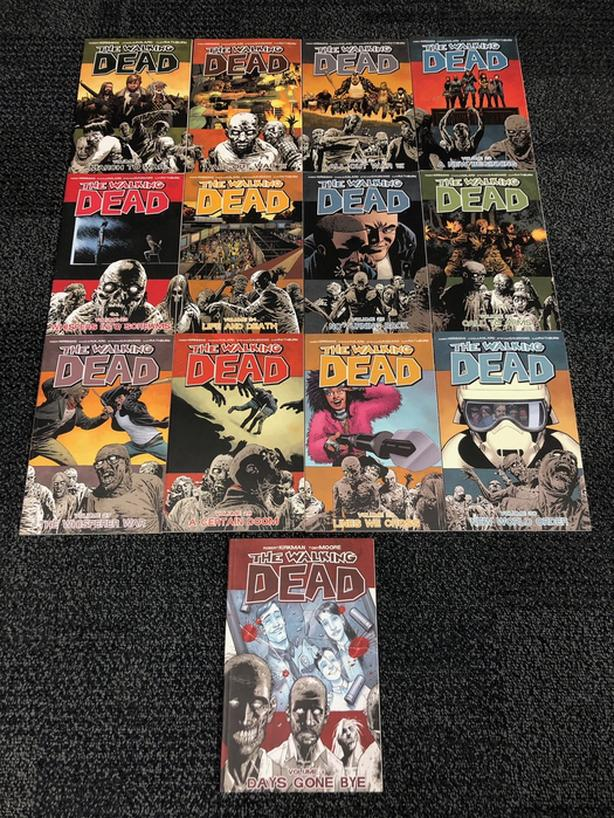 13 x The Walking Dead Graphic Novels