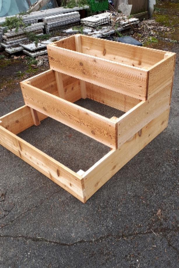 new large cedar step planter