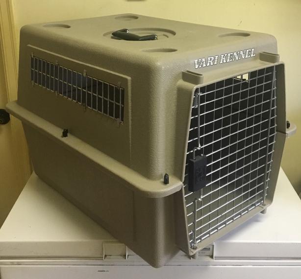 "Petmate Vari Kennel Dog Crate  Size 27""x20""x19"" high"