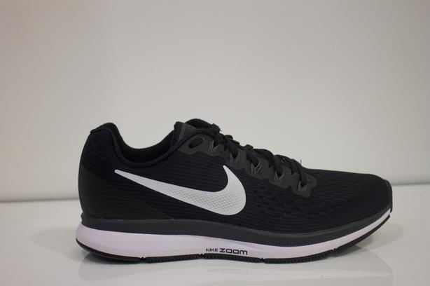 2f0756cdea66 Brand new Nike Pegasus 34 women  39 s 7 Oak Bay