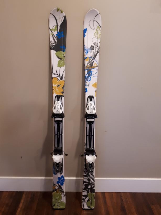 women's skis 140cm