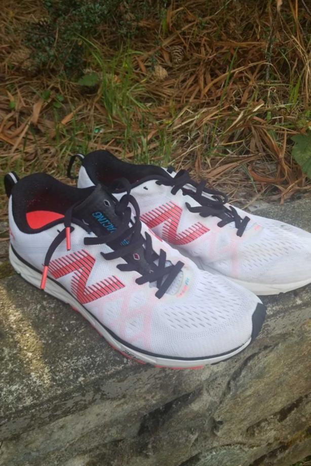 Sz 10 NB Racing Fantom Fit Runners EUC