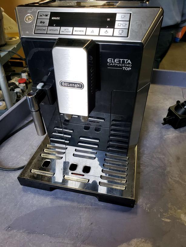 Coffee & Espresso Equipment - Dealer Liquidation Auction