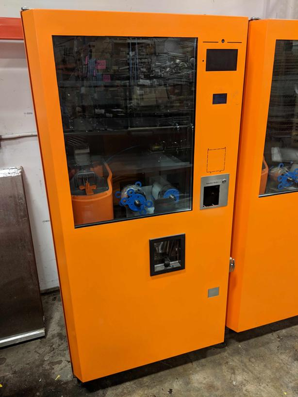 10 Month Use – Lease Return Orange Juice Vending Machines