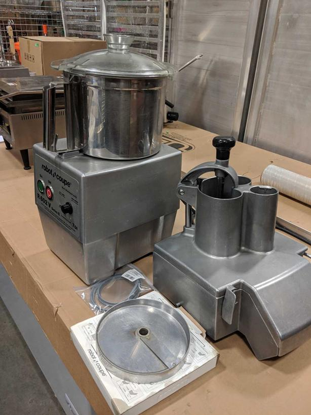 Robot Coupe R602V with 7qt Stainless Bowl, Processor