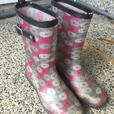 FREE: Girls Rubber Boots Size 6