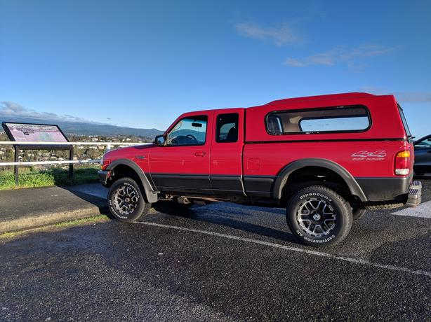 FOR-TRADE: 1998 Ford Ranger For Motorcycle