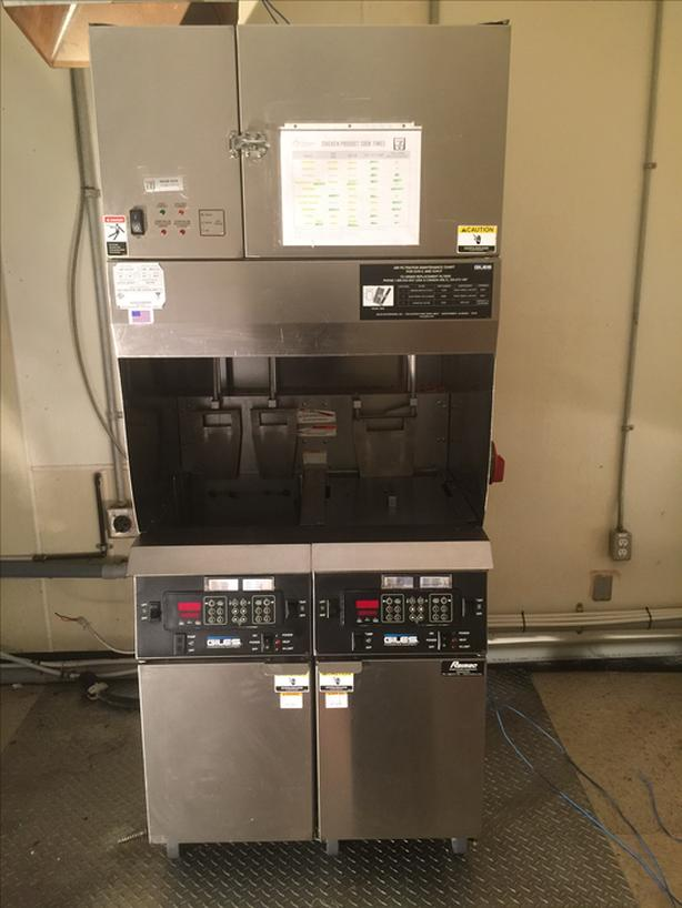 Giles Digital Ventless Deep Fryer with Built In Fire Suppression System