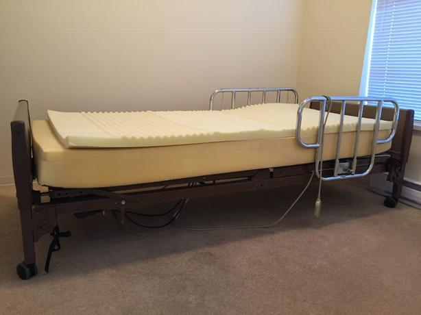 Medical Bed Outside Victoria, Victoria