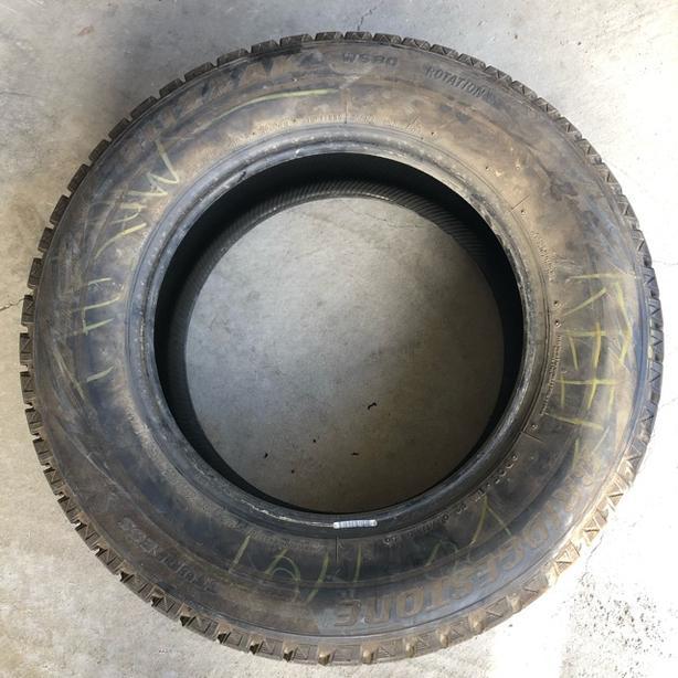 Good Condition 1 Winter Tire Bridgestone Blizzak WS80-225/65/16