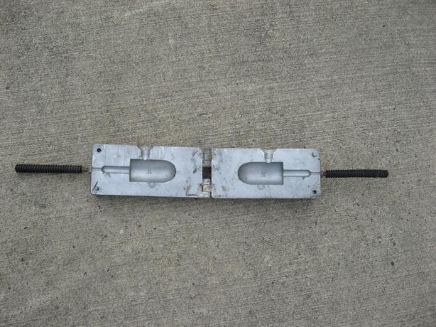 Hilts Lead sinker fishing weight mold cod jig Saanich, Victoria