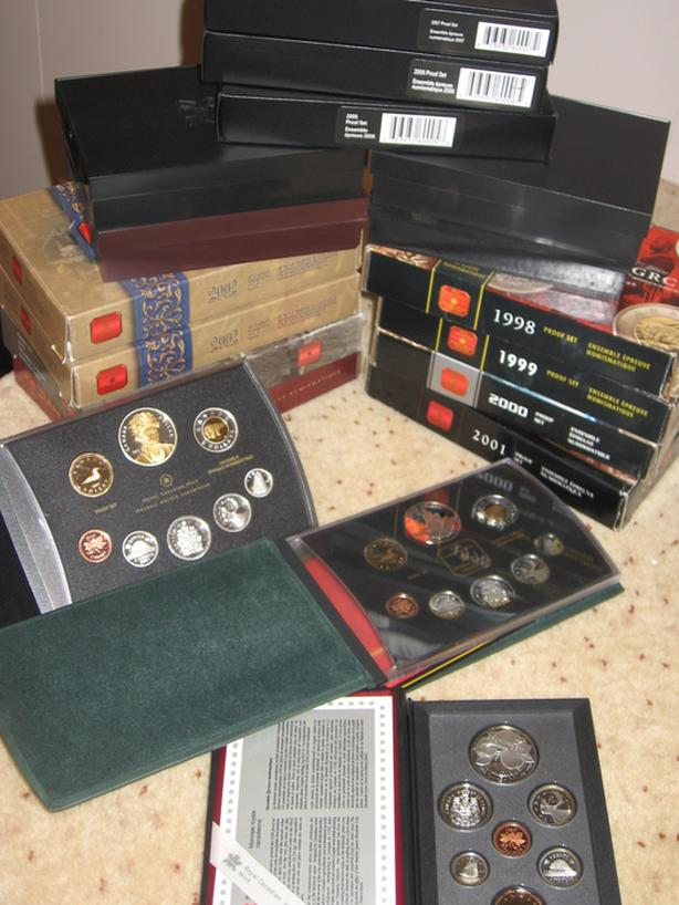 - PROOF, UNCIRCULATED, SPECIMEN COIN SETS & INDIVIDUAL COINS -