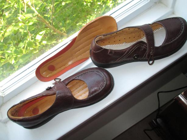 """CLARKS """"UNSTRUCTURED"""" 100% LEATHER  SHOES (OVER $200 RETAIL)"""
