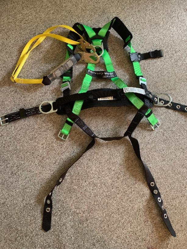 honeywell safety harness and lanyard