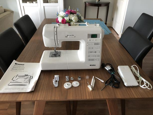 Kenmore Electronic 50 Stitch Sewing Machine in Excellent condition
