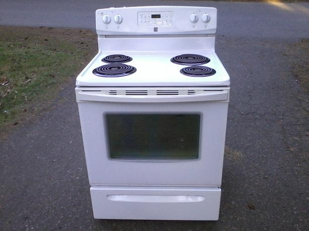 Kenmore Stove (drop-off possible - phone calls only)
