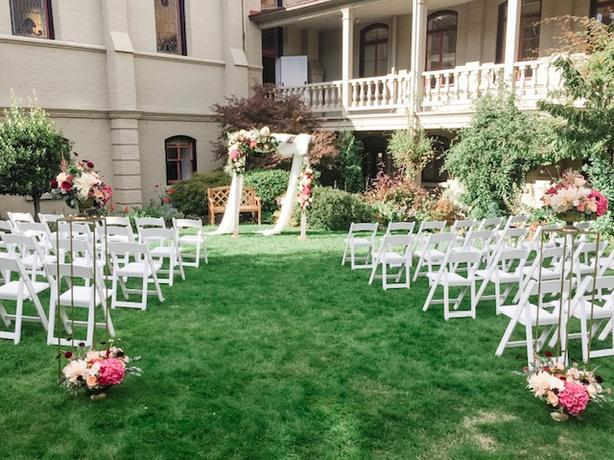 Event & Wedding Planner for Hire!