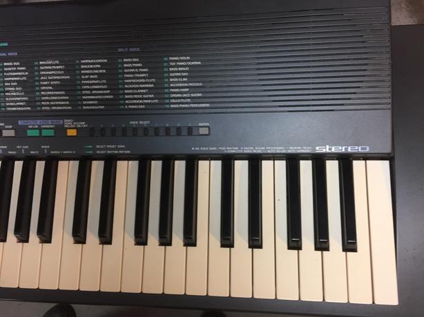 Yamaha PSR-19 Keyboard