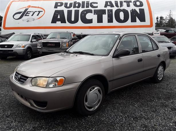 2001 Toyota Corolla CE low Km UNRESERVED unit selling to the highest bidder!