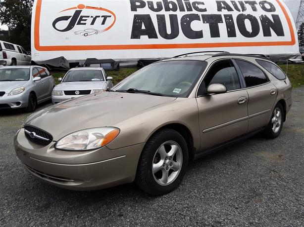 2000 Ford Taurus SE low Km Unreserved unit - Selling to the Highest Bidder!