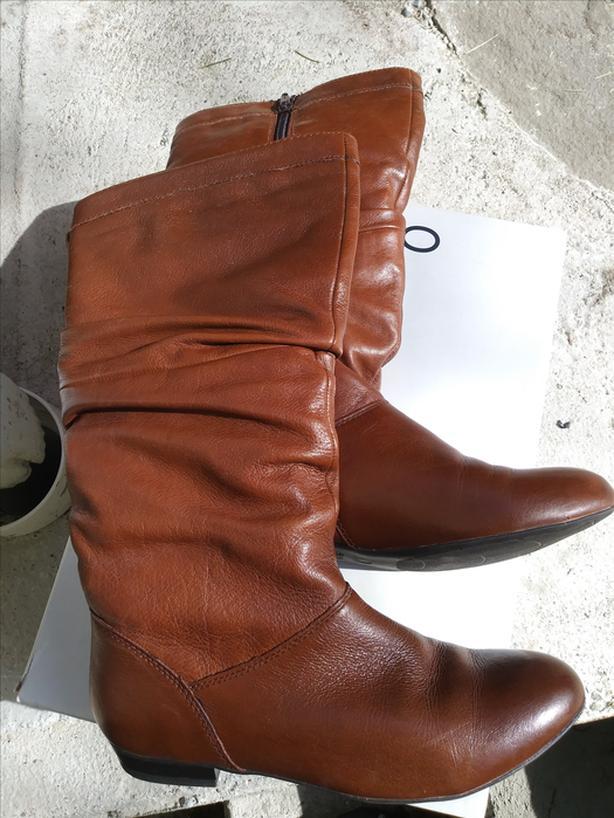 ALDO CANDLISH LEATHER BOOTS - Size 7