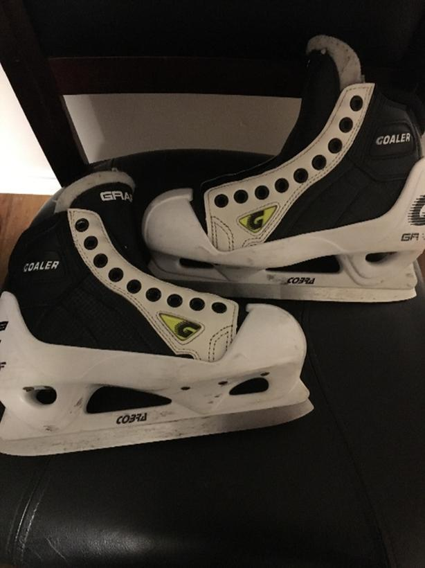 junior goalie skates