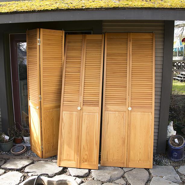 3 solid fir bi-fold doors