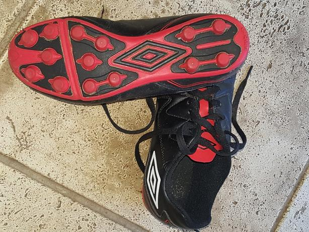 Soccer cleats kids outdoor size 4