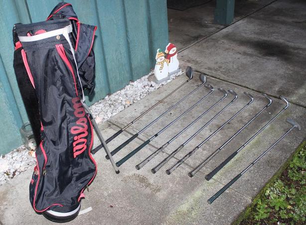 9-clubs golf set PLUS bag & stand (right-handed)