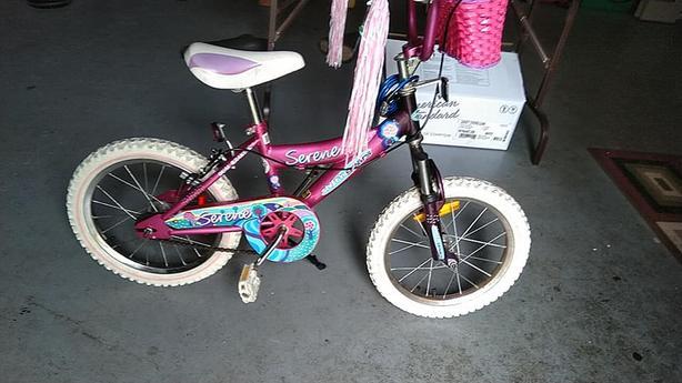 "16"" wheels girl bike (Dual breaking)"