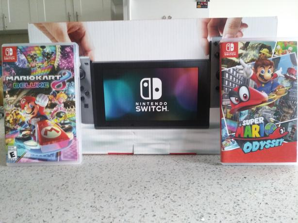 Black and Gray Nintendo switch