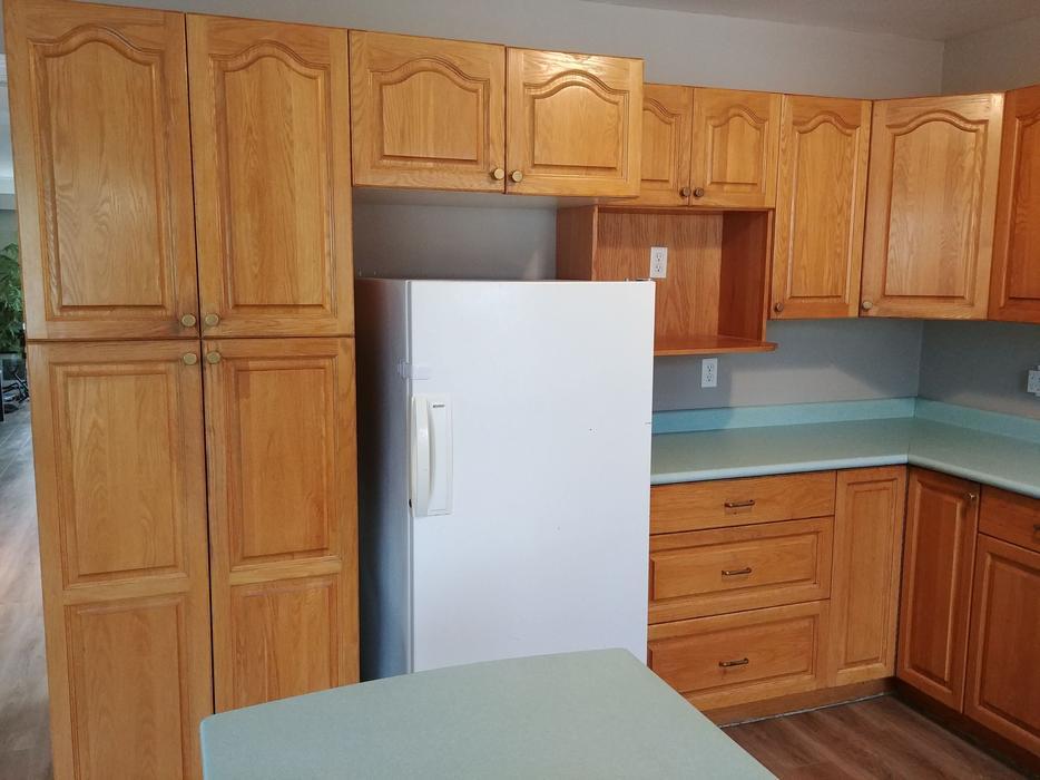 FREE: Kitchen cabinets: Only three left Saanich, Victoria