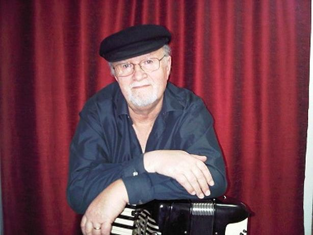 ACCORDION LESSONS FOR ADULTS